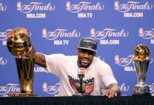 Il 22 giugno 2012 LeBron realizza il suo sogno, vince il titolo e il premio di MVP delle Finals