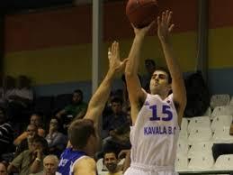 Nemanja Mitrovic in azione con la maglia del Kavala (balkanleague.net)