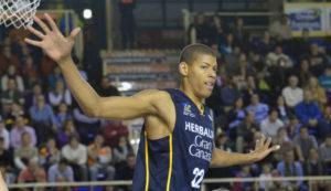 La super prova difensiva di Tavares blinda i playoffs per Gran Canaria.