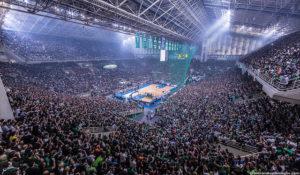 Lo spettacolo dell'OAKA Arena: non basta più per convincere i giocatori NBA...