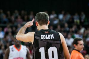"""Quini Colom ha umiliato i """"corti"""" di Valencia con una doppia doppia da 14 punti e 11 assist."""