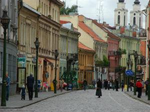Una delle principali strade di Kaunas.