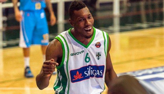 Paul Biligha con la maglia di Avellino (orticalab.it).