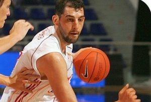 Luca Garri è ufficialmente un nuovo giocatore del Derthona Basket (24live.it).
