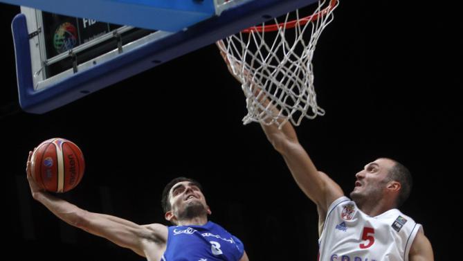 Satoransky conclude al meglio il proprio Eurobasket con 16 punti (news.yahoo.com).