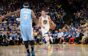 I 19 minuti dell'ultima partita di regular season sono più che sufficienti per Curry per contabilizzare due triple: sono gli ultimi due canestri da tre punti in una regular season che lo ha visto bucare la retina dai 7.25 per ben 286 volte. Ritoccato il suo stesso record di 272 triple in una stagione.