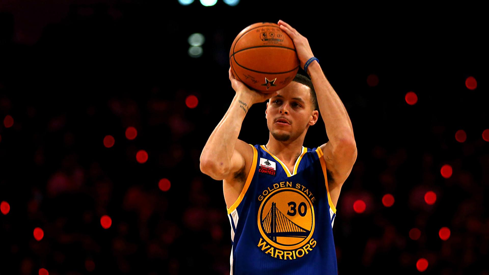 14 febbraio - Curry vince il three point shootout.