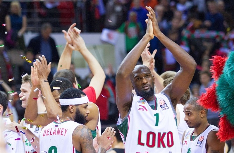 chris-singleton-lokomotiv-kuban-krasnodar-celebrates-eb15