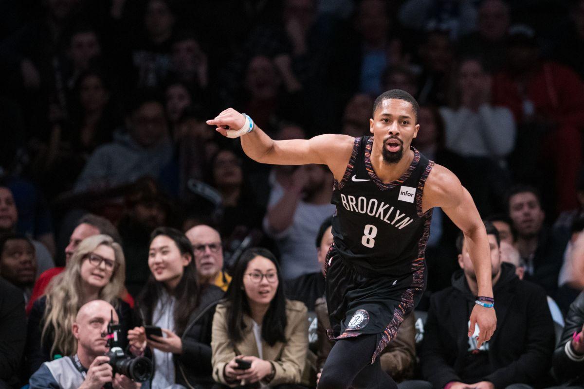 NBA Dinwiddie playoff