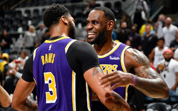 LeBron e Davis trascinano ancora una volta i Lakers alla vittoria: gli ...